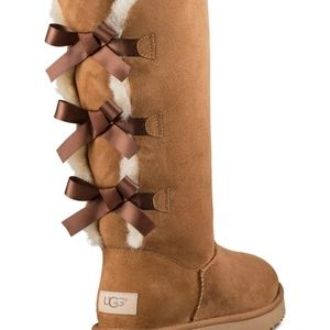 UGG Beige Chestnut Bailey Tall Boots Round Toe